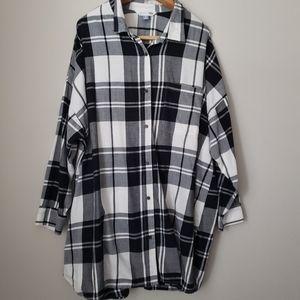 Old Navy Women's plaid the boyfriend shirt 4X